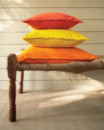 drop-cloth-pillows-0648-mld109920_vert