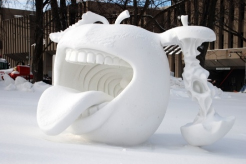 022-snow-sculptures